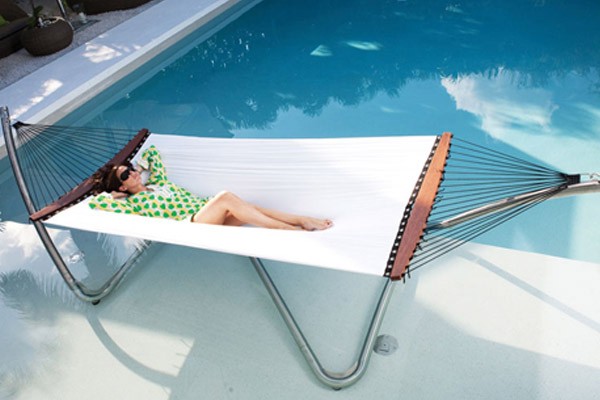 tucci-hammock-air-lounge-cantilever-00