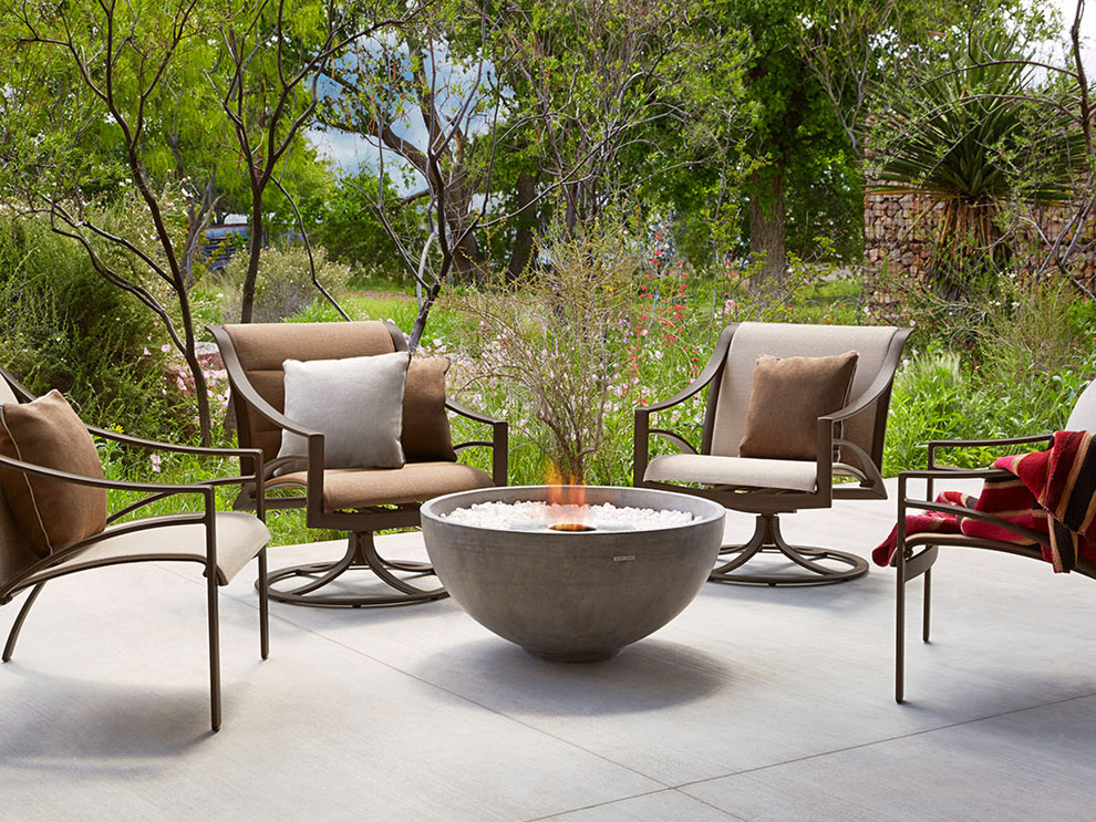 brown-jordan-pasadena-patio-outdoor-pool-furniture-dining-chairs-bar-chairs-lounge-chairs-ottoman-chaise_0001_pasadena-1