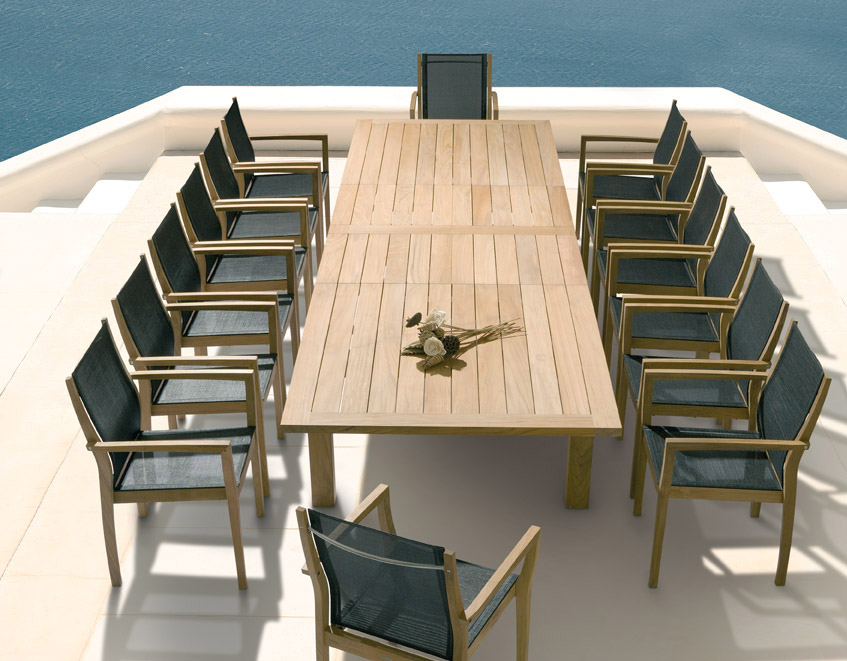 Sustainable Outdoor Furniture Brands - Teak and aluminium outdoor table