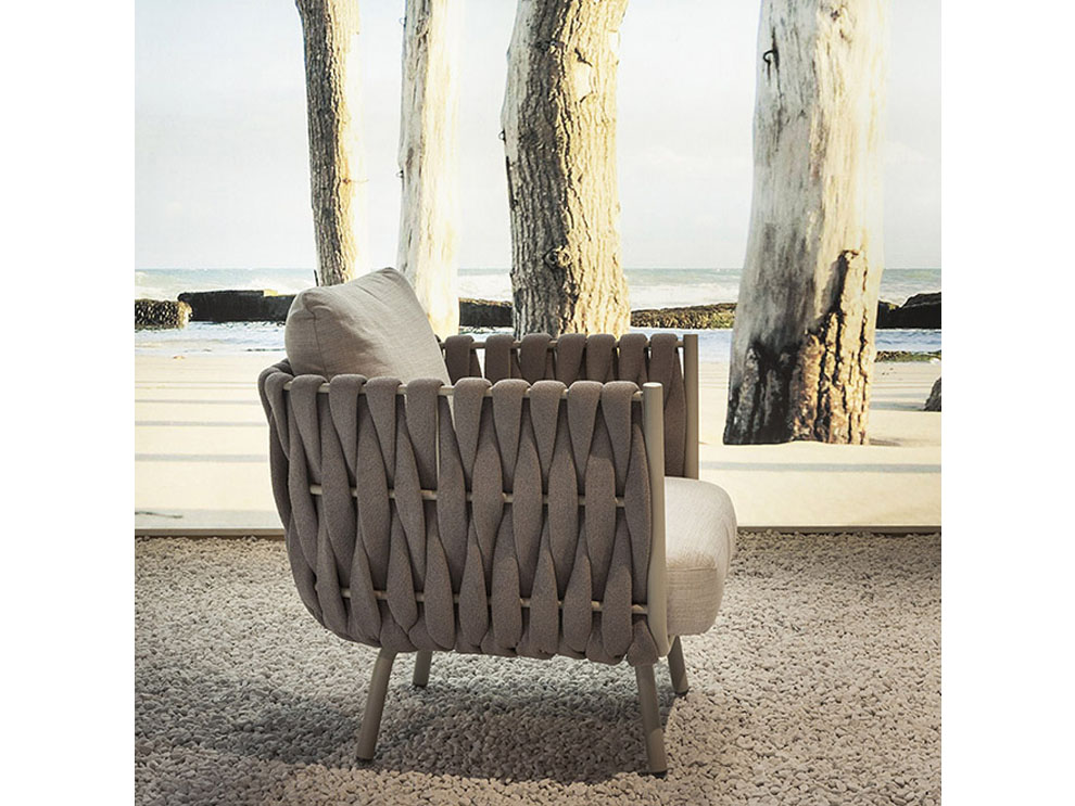 Patio things janus et cie tosca collection for Table et chaise integree
