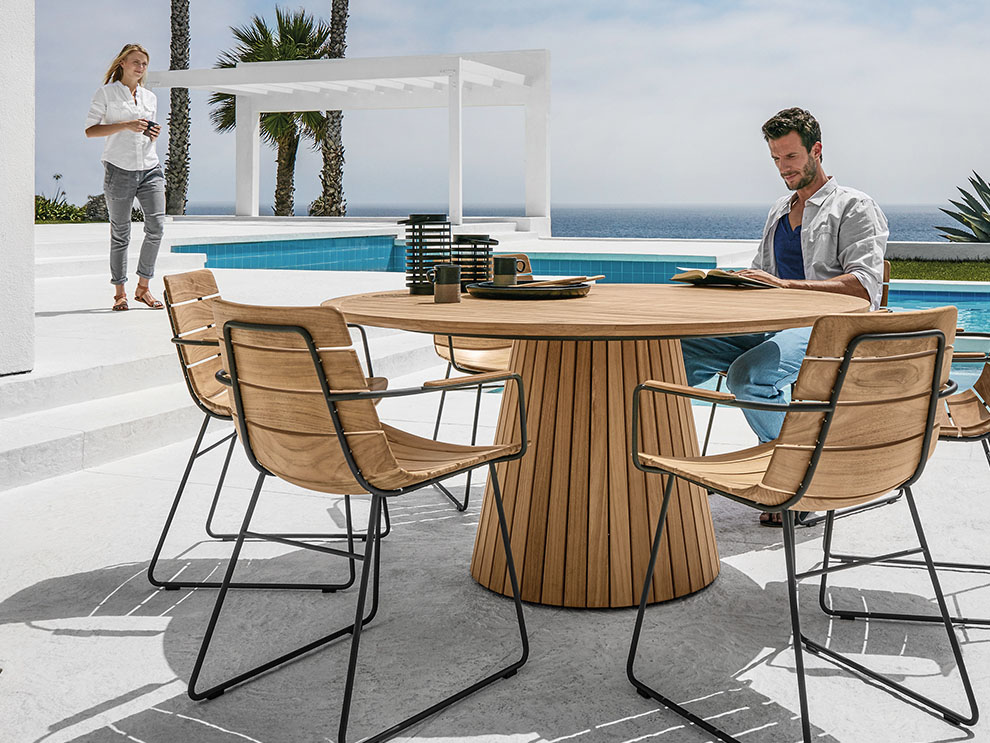 Gloster Whirl Outdoor Dining Table Round Limitless Without A Beginning Or An End