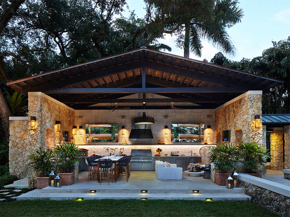 Outdoor Entertaining Ideas Part - 16: Janus-et-cies-mood-dining-and-lounge-collection-outdoor-entertaining-ideas -_0003_high-end-outdoor-kitchen-florida